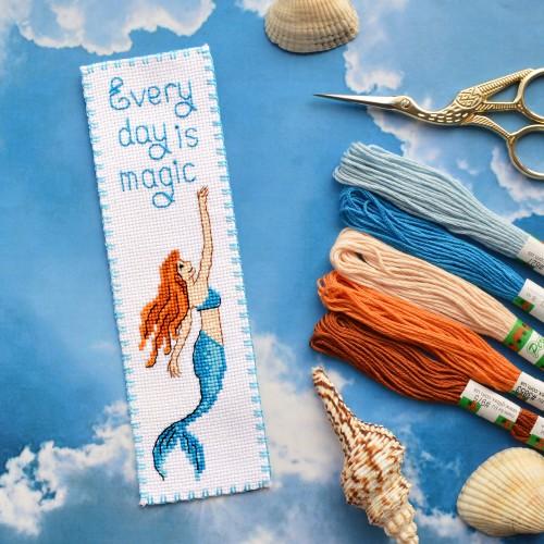 "Набор для вышивки закладки ""Every day is magic!"""
