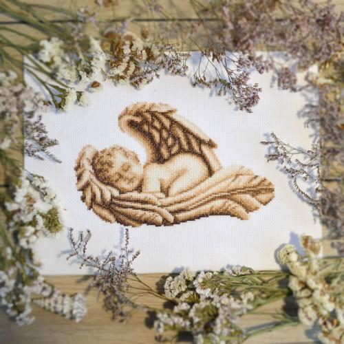 """Набор для вышивки крестом """"Спящий ангел"""""""